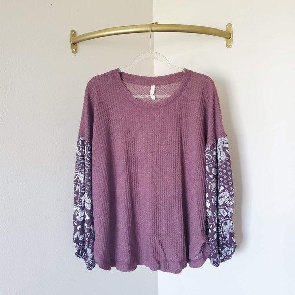 Wishlist Waffle Knit Printed Sleeve Blouse M